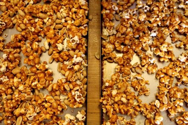 Spicy Caramel Popcorn